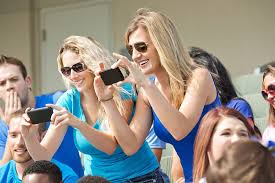 Girls Taking Pics